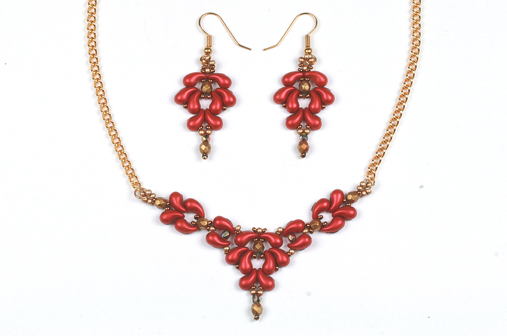 Zoliduo Baroque Necklace and Earrings