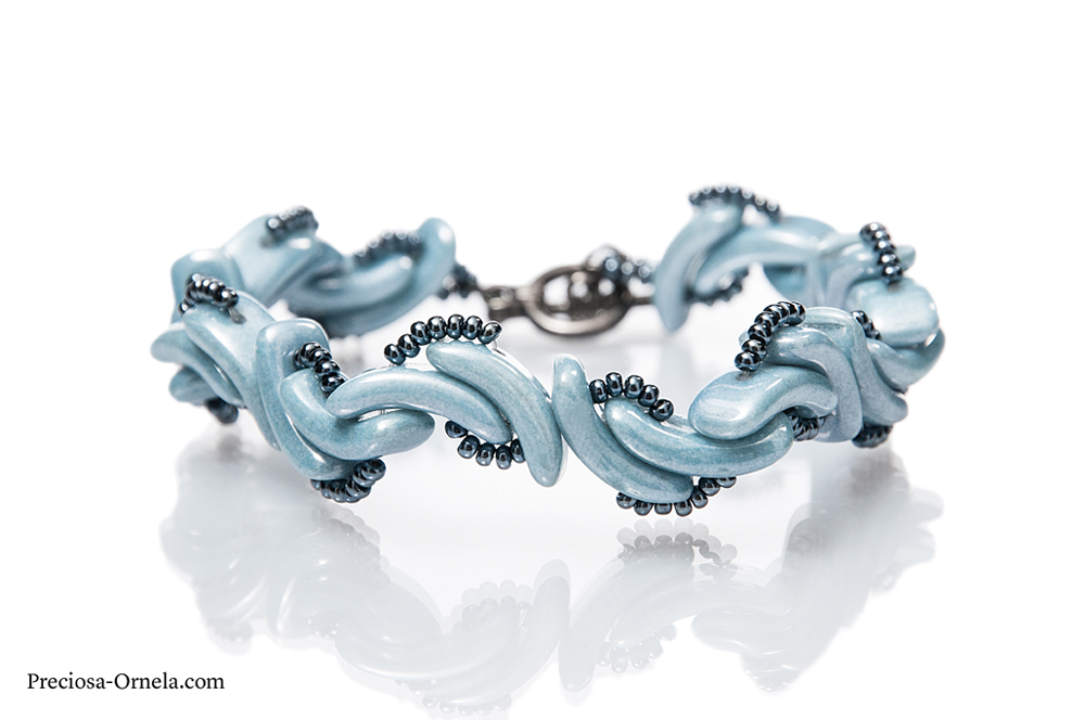 New 2-hole beads from Preciosa Ornela