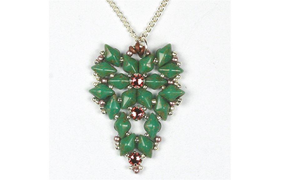 Diamonduo and Swarovski rose montee pendant