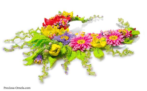Preciosa Terra Intensive Floral Necklace